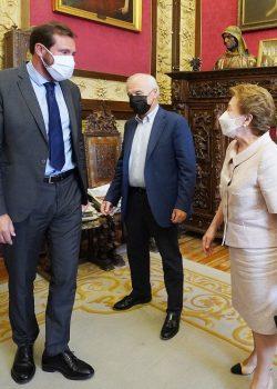 El archivo personal de quien fue alcalde y cofundador de FASA, Santiago López González, llega al Ayuntamiento